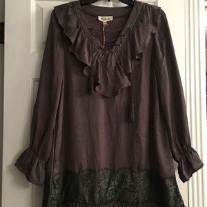 Listicle silky top size M